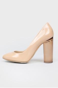 Туфли на высоком прозрачном каблуке