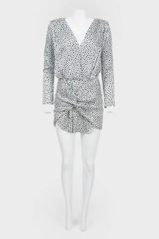 Мини-платье в горох с драпировкой