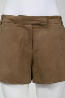 Короткие замшевые шорты