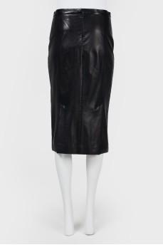 Облегающая кожаная юбка-миди