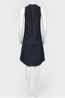 Джинсовое платье без рукавов