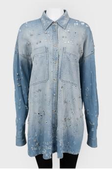 Джинсовая рубашка с камнями и потертостями