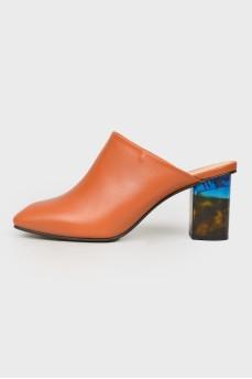 Мюли с прозрачным цветным каблуком
