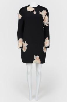 Платье прямое с 3D цветами