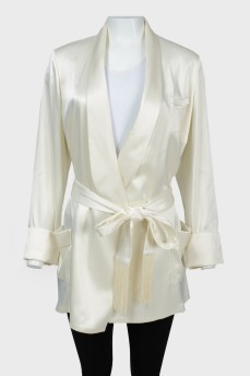 Атласный пиджак на запах с поясом