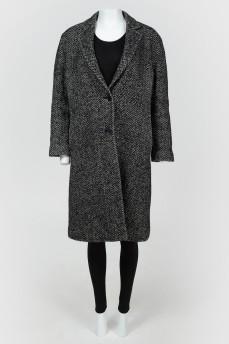 Однобортное пальто прямого силуэта
