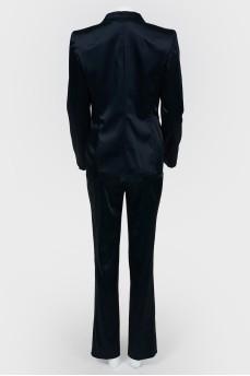 Шелковый темно-синий костюм с камнем