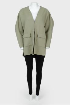Свободный пиджак с разрезами