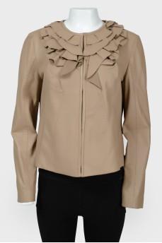 Куртка с воротником с оборками