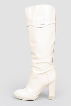 Высокие белые сапоги из виниловой кожи