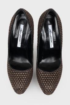 Туфли с золотистой тесьмой и стразами