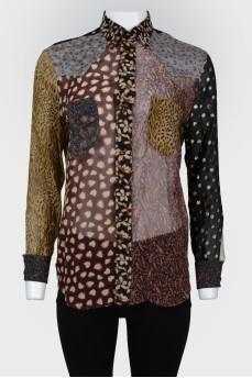 Блуза с карманами и лоскутным шитьем