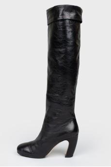 Сапоги черные кожаные с изогнутым каблуком