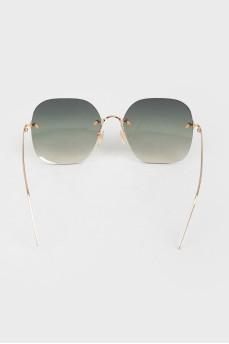 Солнцезащитные очки типа teashades