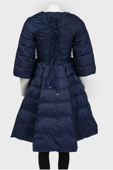 Темно-синяя куртка расклешенная