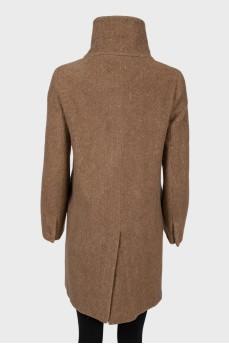 Пальто коричневое шерстяное с высокой горловиной