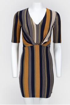 Блестящее короткое платье в полоску