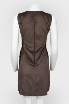 Платье коричневое на молнии сзади
