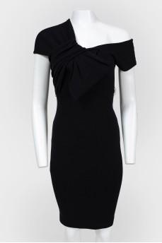 Платье черное шерстяное с бантом