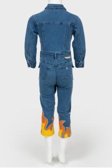 Детский джинсовый комбинезон с аппликацией огня