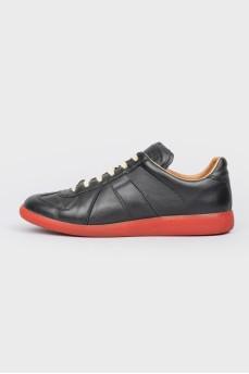 Кожаные кроссовки с красной подошвой Replica