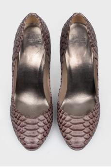 Туфли с тиснением под кожу рептилии