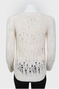 Вязаный ажурный свитер с золотистыми пуговицами
