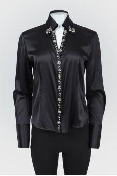 Черная шелковая блуза со стразами