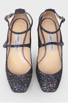 Фиолетовые туфли на металлическом каблуке со стразами