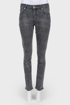 Серые джинсы с высокой посадкой