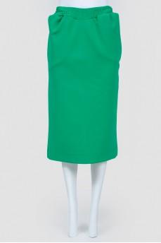 Плотная зеленая юбка со шлицей